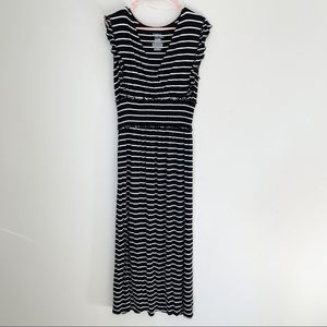 Time and Tru Black and White Maxi Dress Lg 12/14